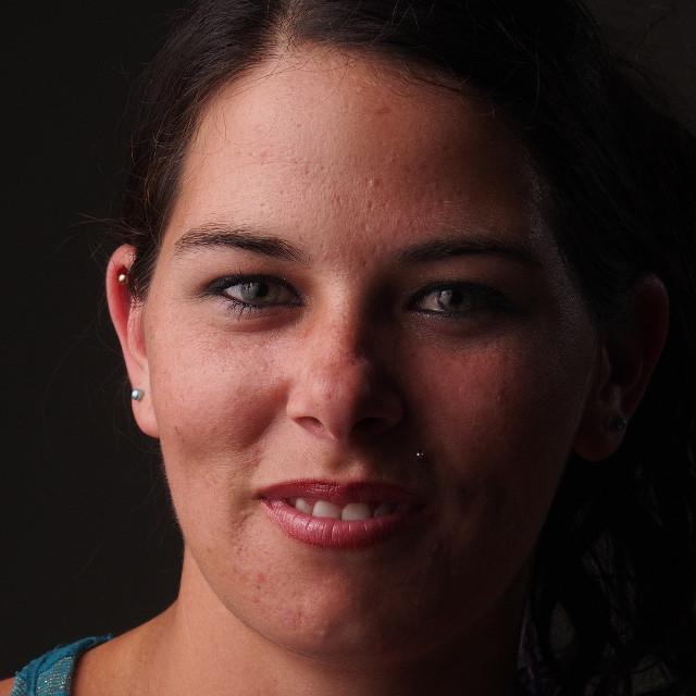 Nikki Forehead Wavelet 5